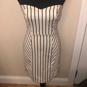 Volcom Strapless Body con Dress Black/Cream